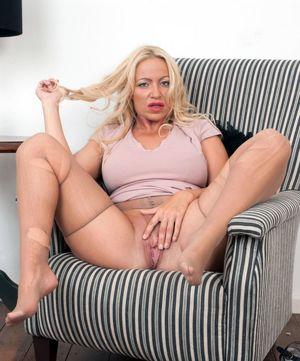 pantyhose mom video