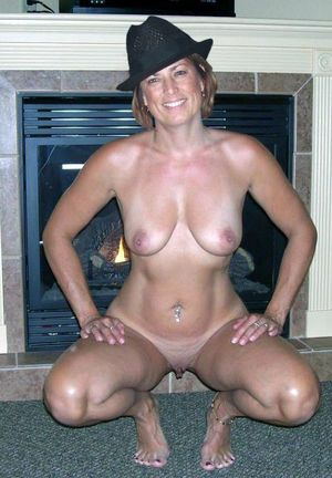 nude mom in shower