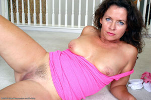 pussy hairy mature