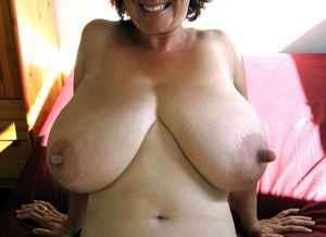 amateur nipple slips