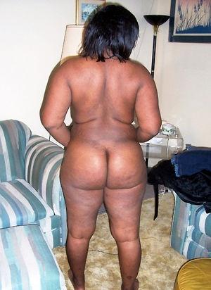 big tit black babe