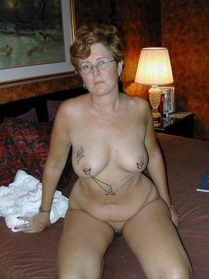 naked amateur mature