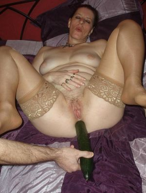 amatuer mom anal