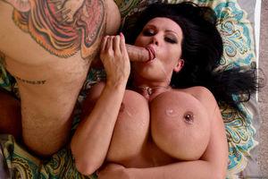 sexy milf big boobs