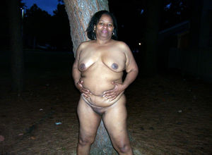 ebony mature threesome