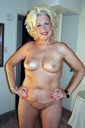 amateur nude girl pictures