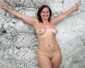 nude outdoor shower