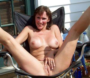 nude outdoor girls