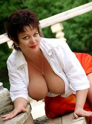 big boobs big butt