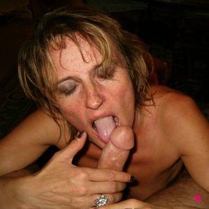 mature amateur wife blowjob