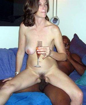 amateur mom interracial