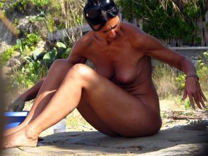 naked outdoor blowjob