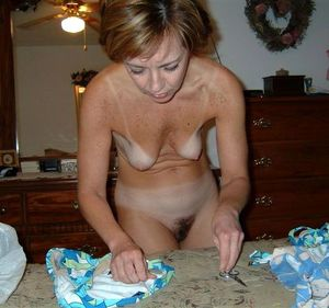 free mature naked women videos