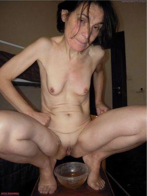 amateur granny handjob