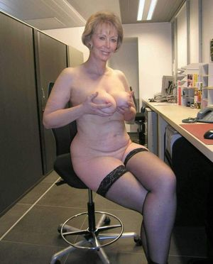 hot nude grannys
