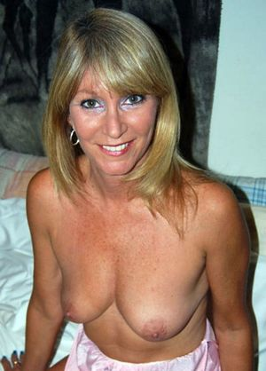 brunette milf naked