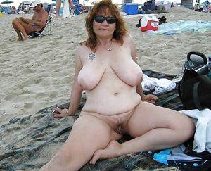 mature sex outdoors