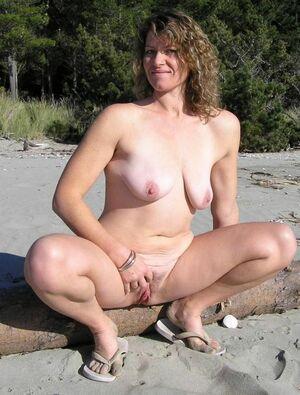 hot girls naked pussy