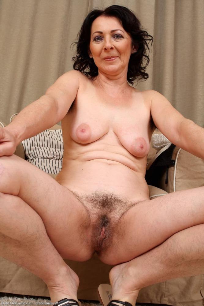 Old Hairy Milf Brunette
