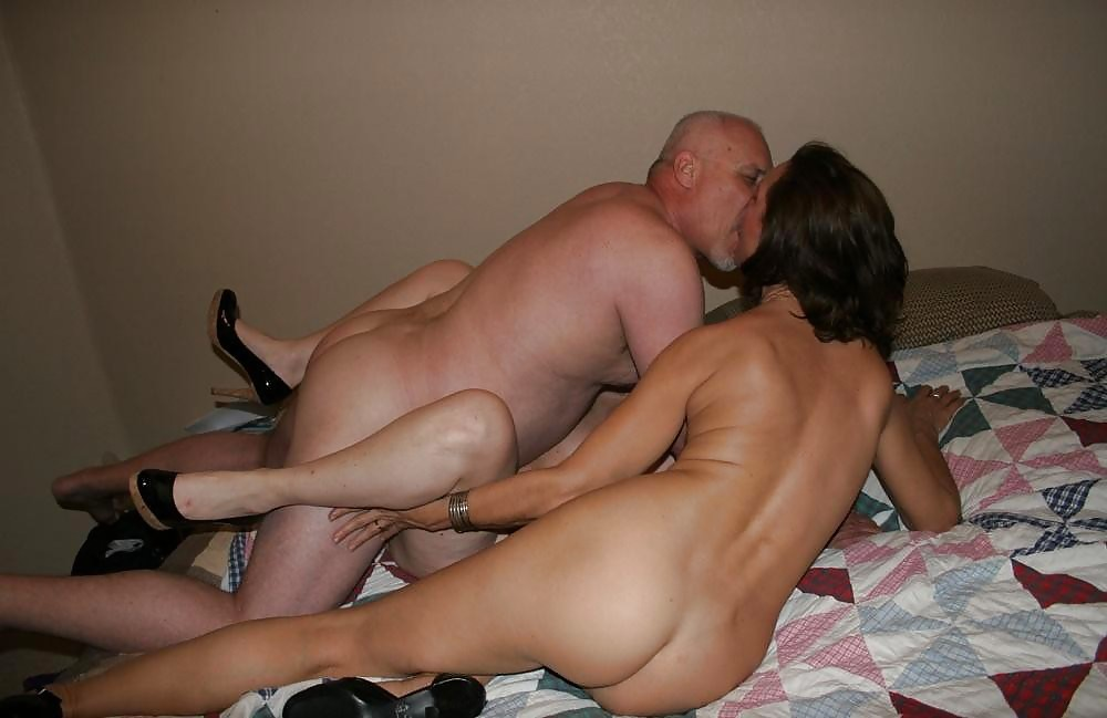 Old swing sex couple wife