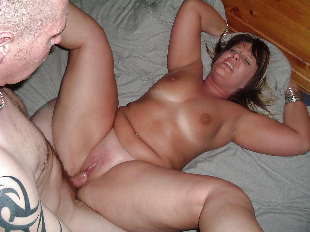 Mature amateur hotel sex