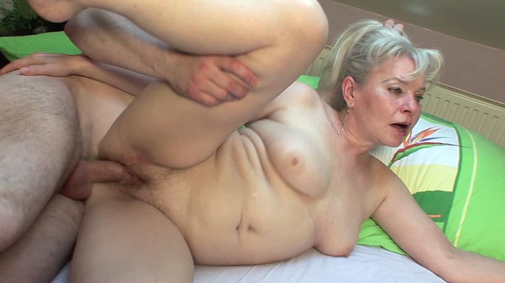 Mature cash for sex vids - MILF