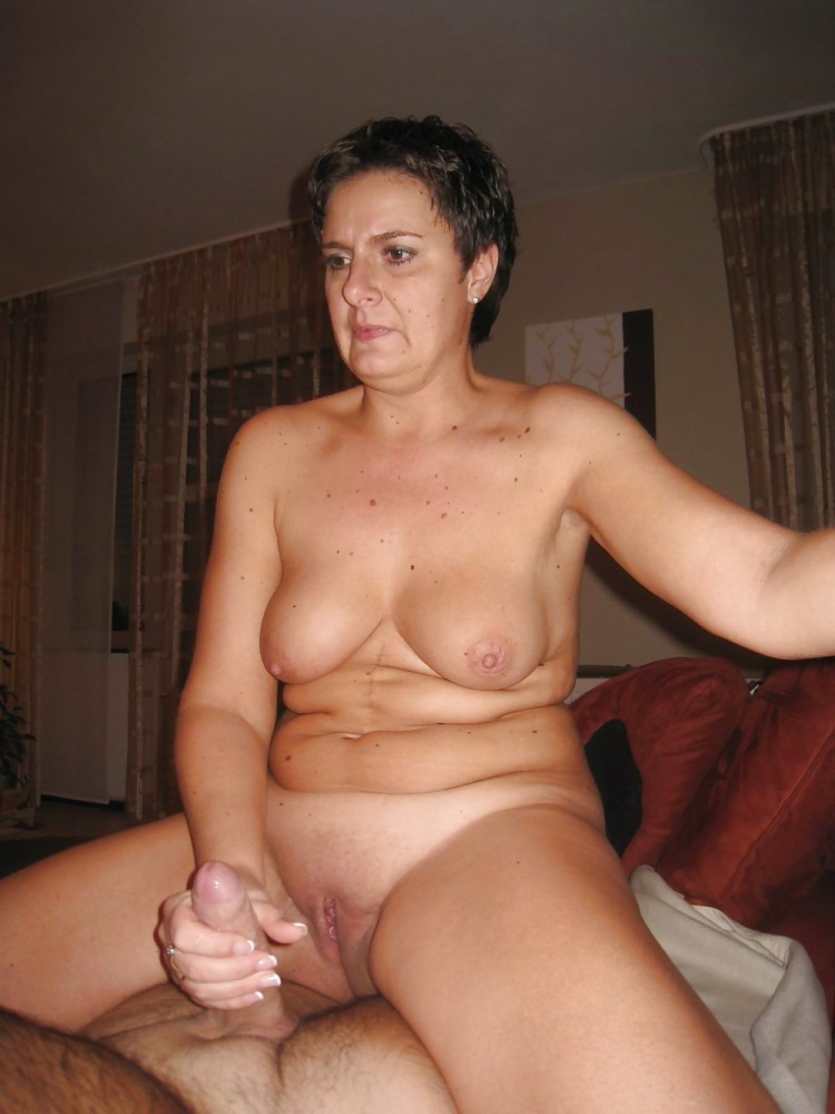 Black milf threesome porn