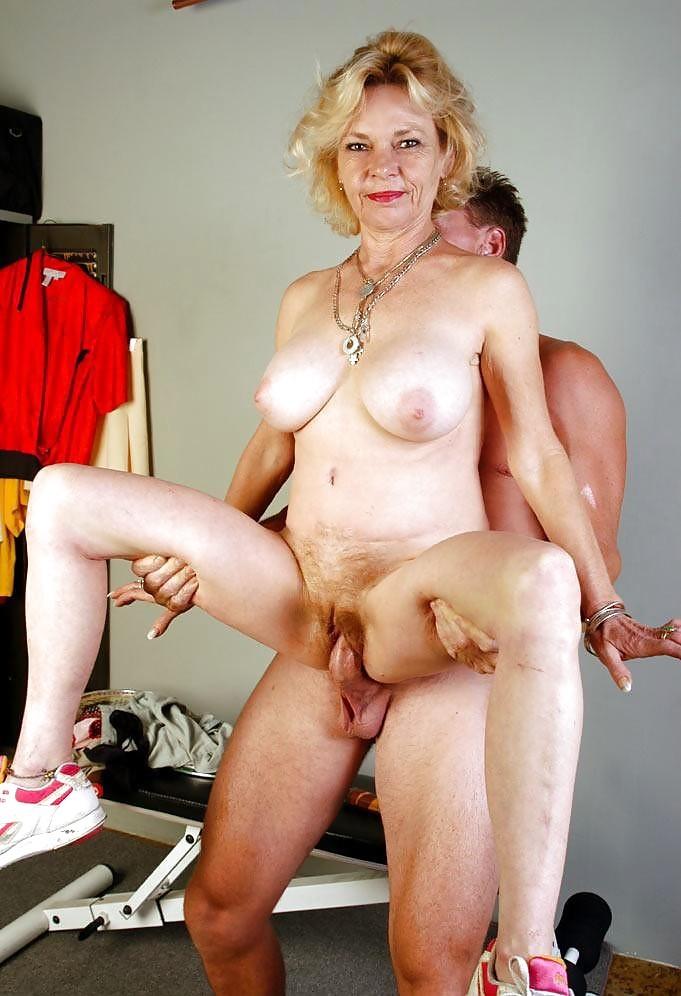 Nude older women in sex