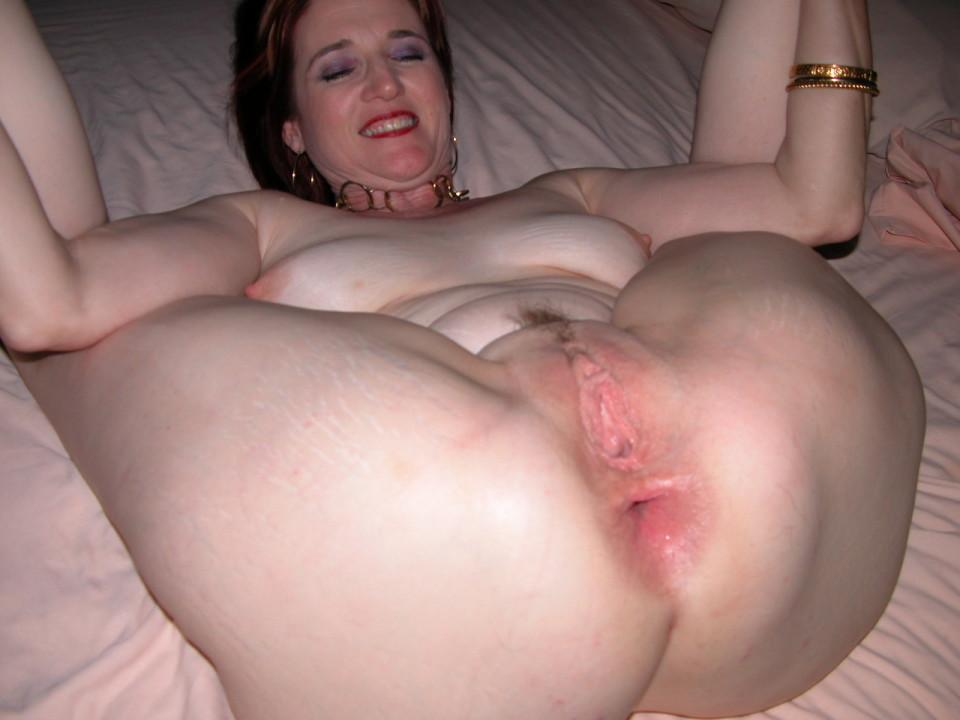 Amateur Mature Milf Ass Spread - XXXPornoZone