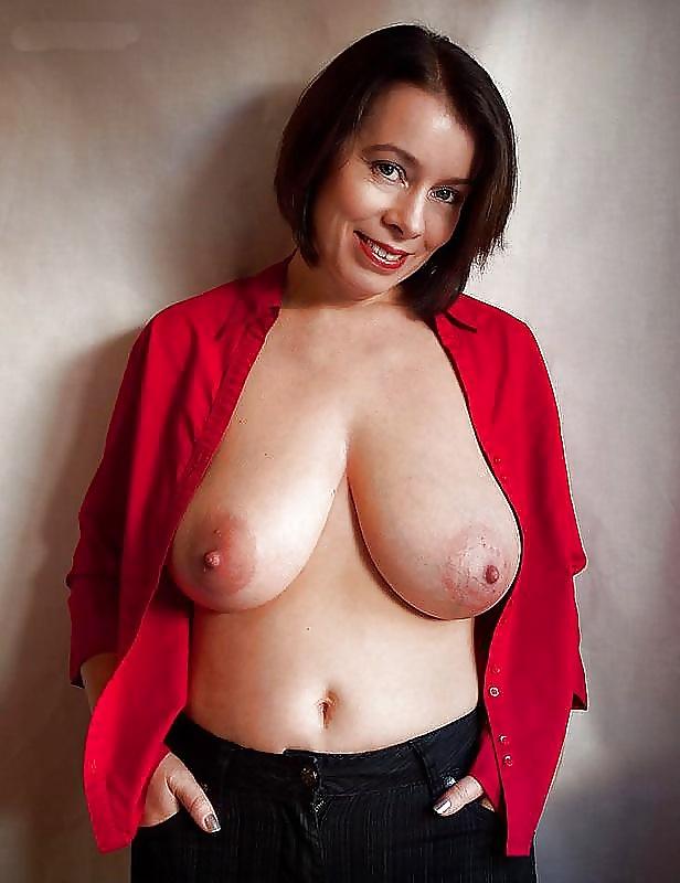 Large breast mature amateur