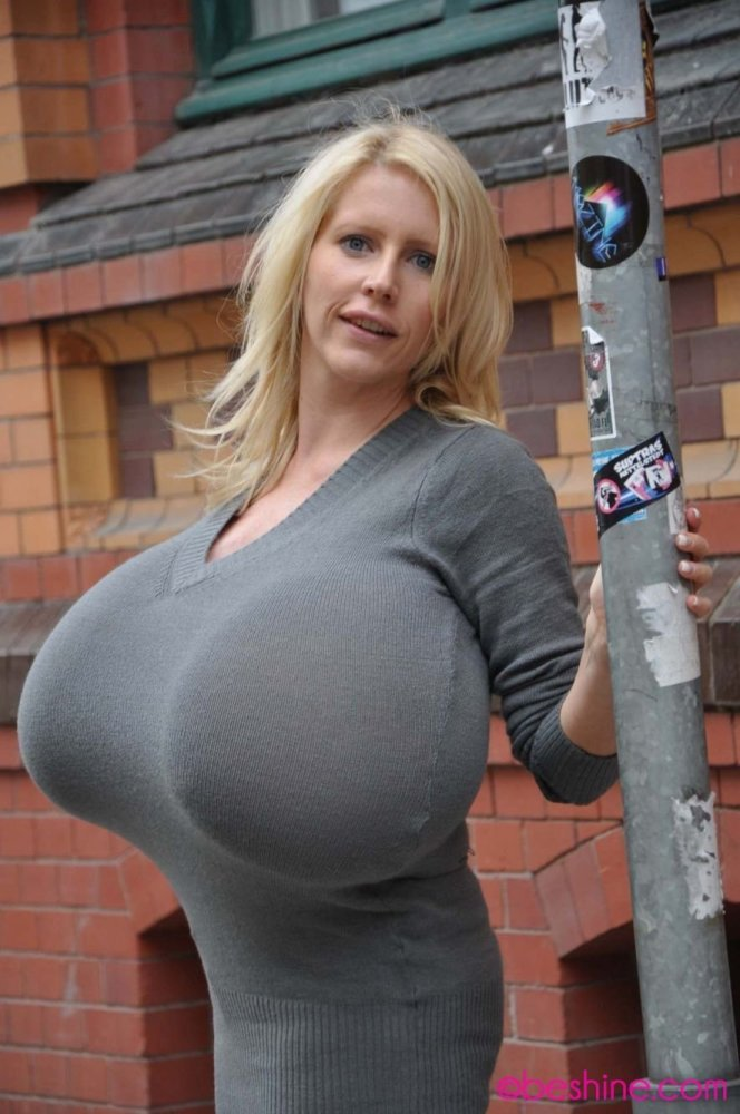 Houston model with world's biggest breasts