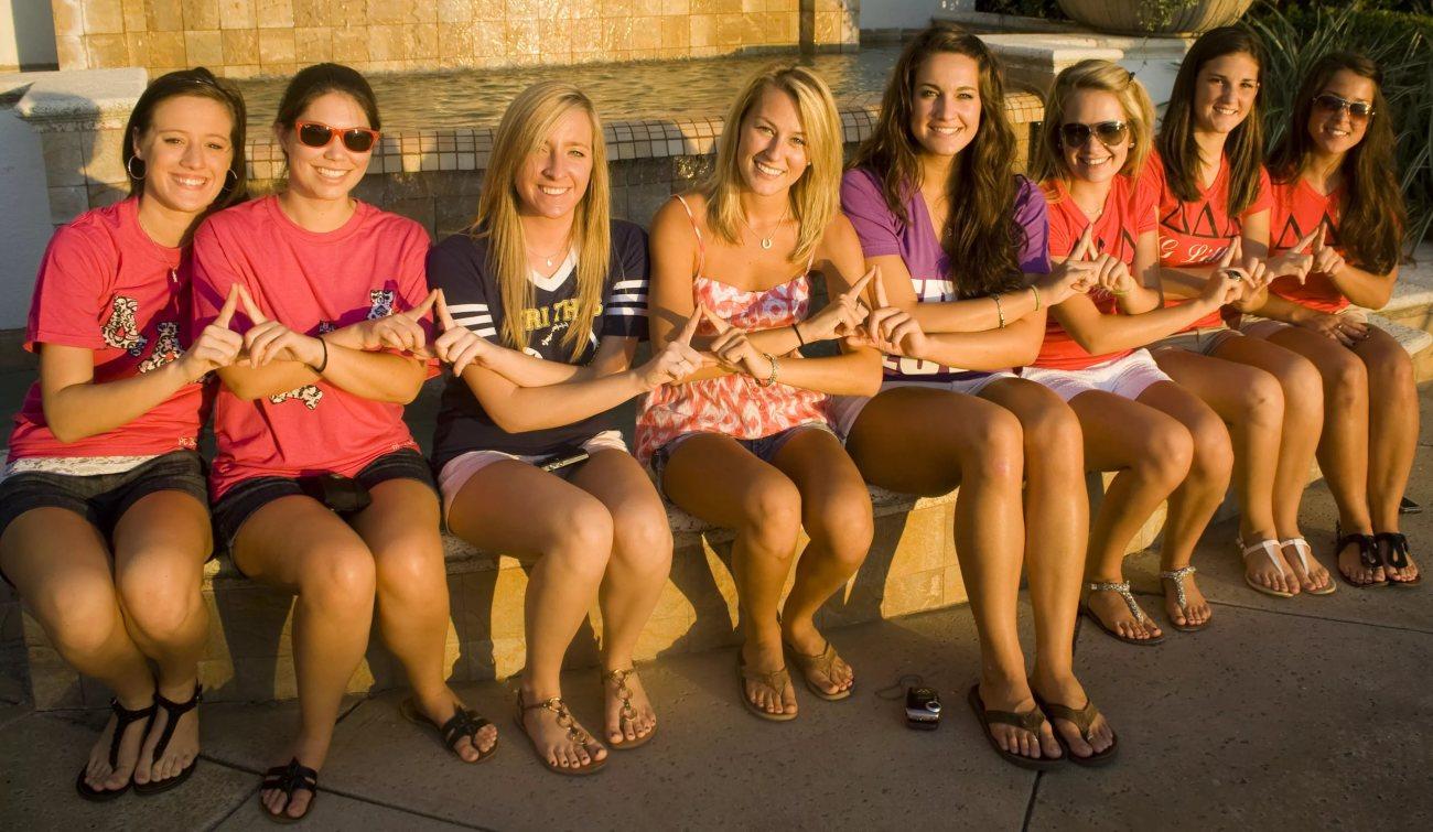 group-of-young-girls-masterbating