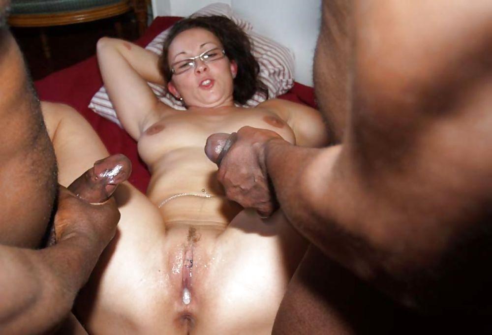 Белые жены присосались к черным хуям