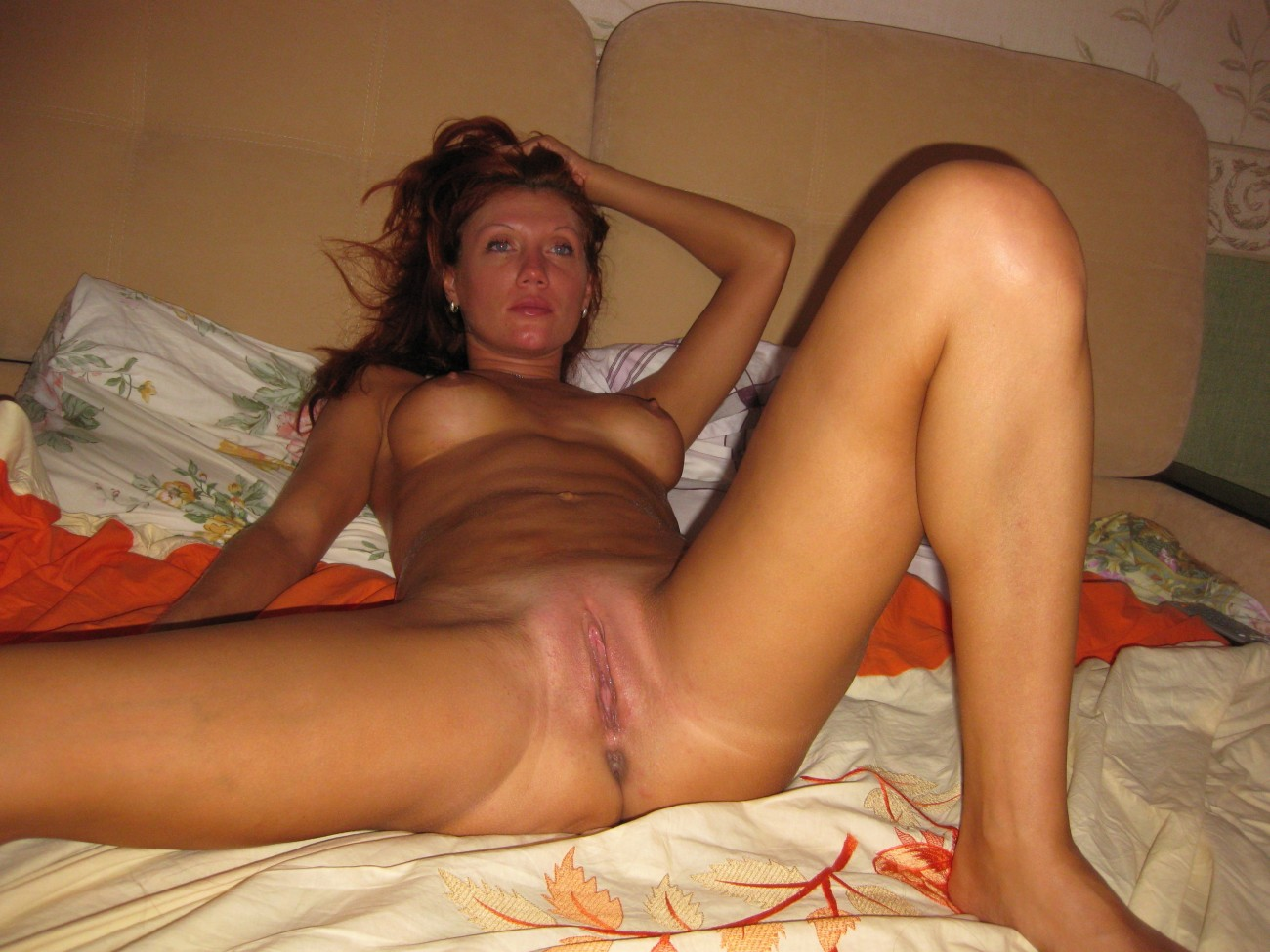 real young amateur milf nude