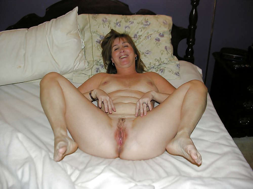 Nude deluxe milf wives