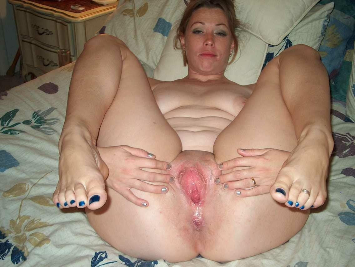 Amateur mature mom spread-porn archive