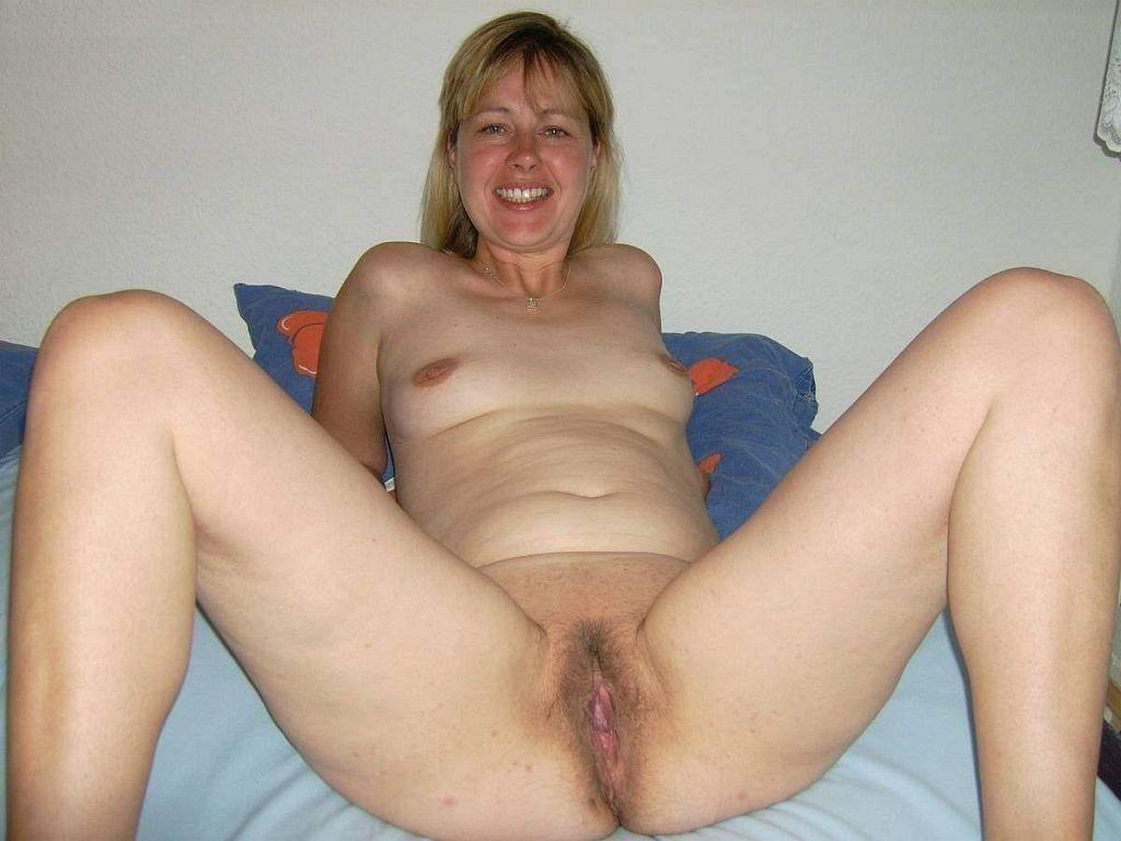 Amateur german girlfriend naked masturbating