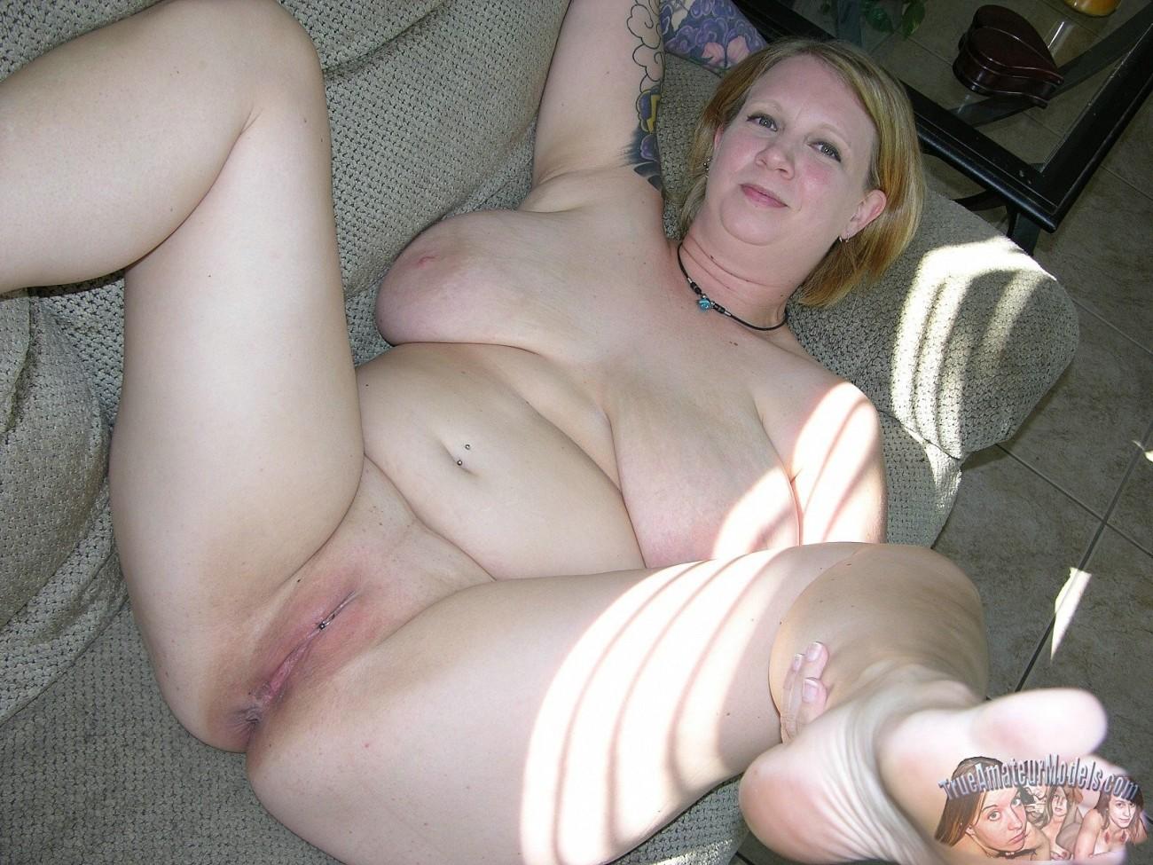 Chubby amateur milf sluts photos