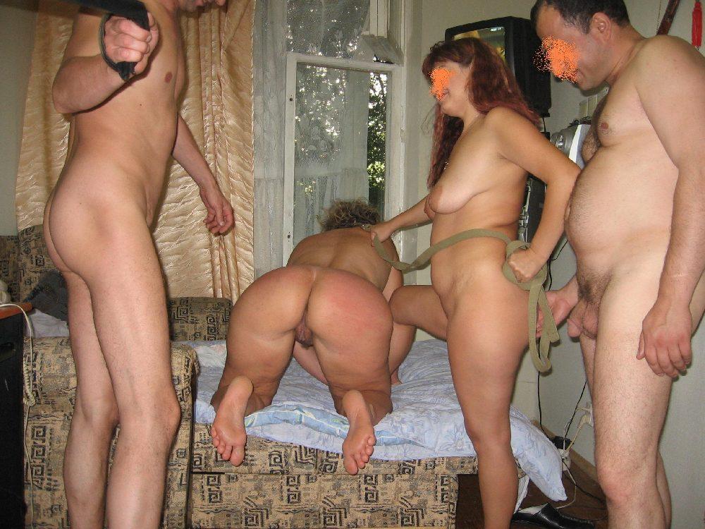 Муж И Жена Сняли Зрелую Шлюху Порно
