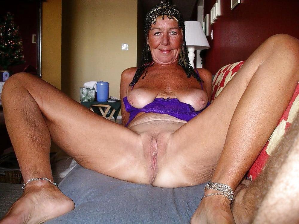 Mature women amatuer sex pics