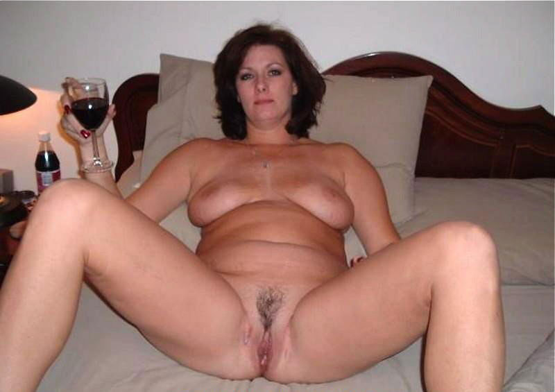 AmaMilf Really Exclusive Milf Pictures Here! Only Hottes