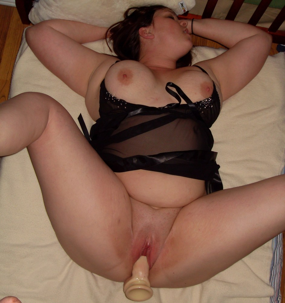 Mature And Kinky Wife Having Fun With Lover Chubby Amateur Sex