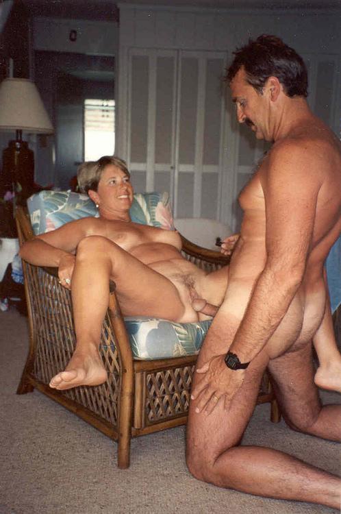 Amateur erotic pics:  AmaDump