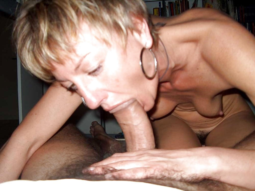 MILFS and Wives Love to SUCK COCK - Pics - xHamster