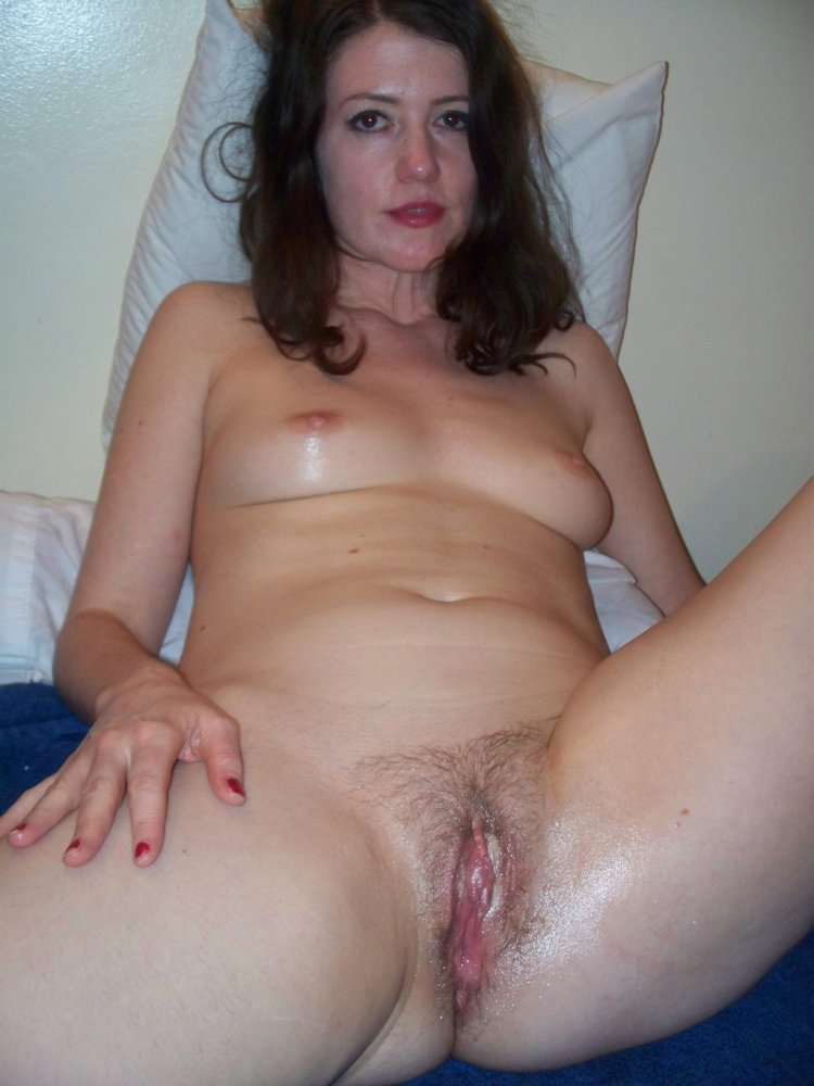 Awesome Homemade Amateur Pussy Spreadgallery