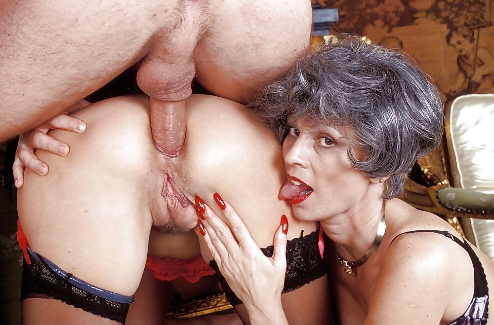 Mature Women Sex Images