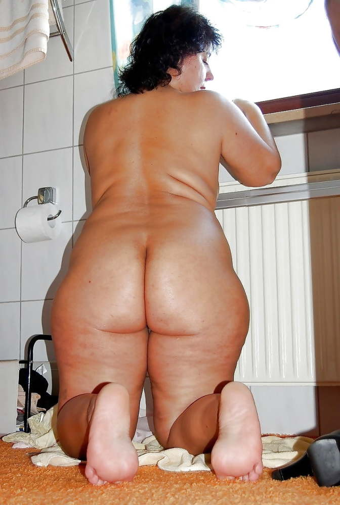 Big butts little butts old and young - Pics - xHamster.co