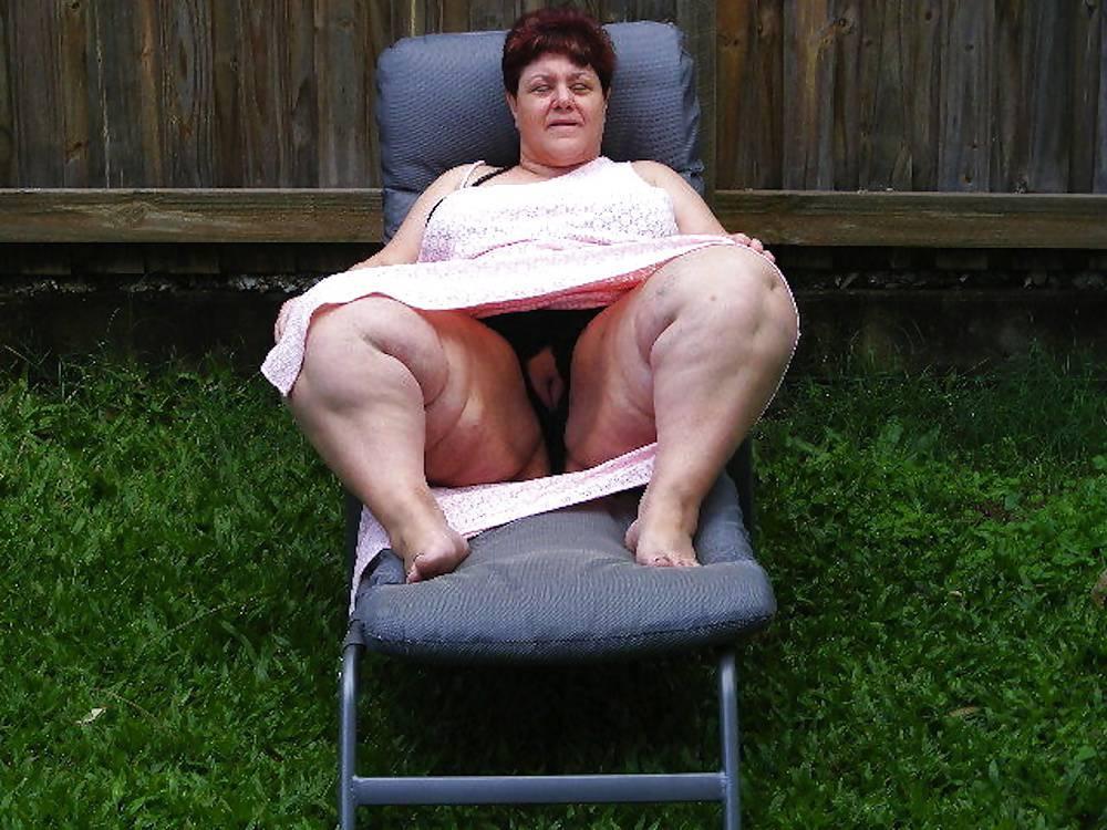 Bbw Granny Upskirt