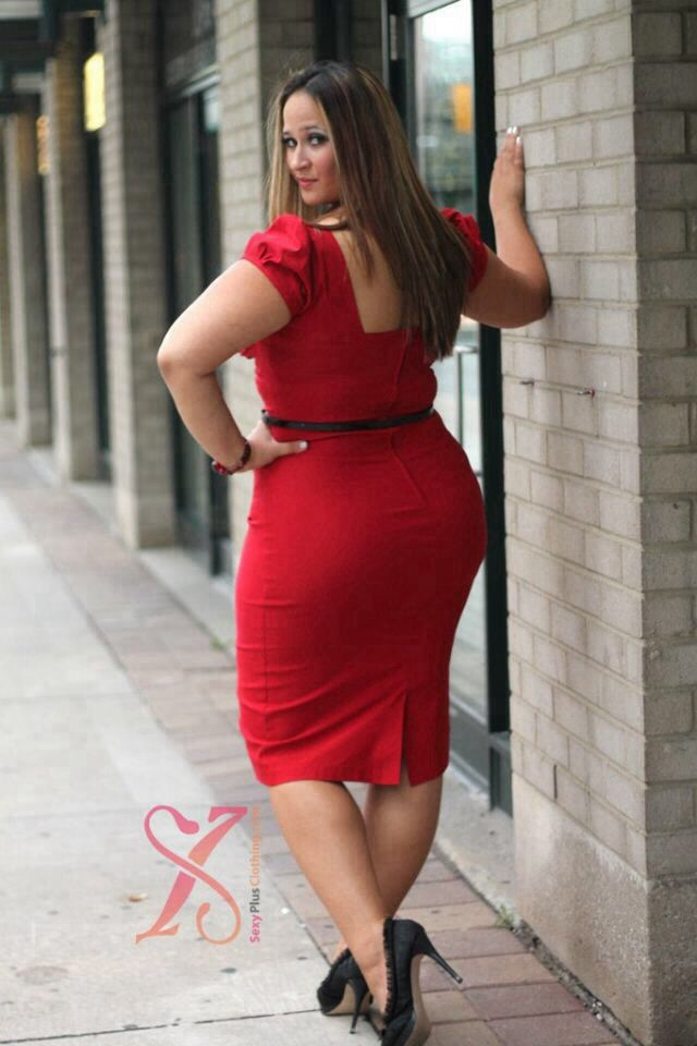 Curves rule - especially in red! Plus Size Fashion