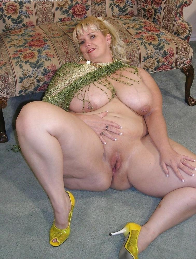 Голые зрелые тетки - фото